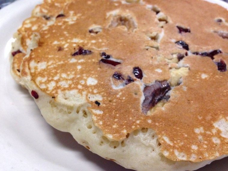 chatty-s-cranberry-walnut-pancakes