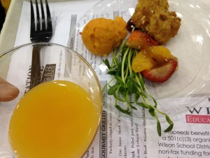 crowne-plaza-sweet-potato-crusted-almond-chicken