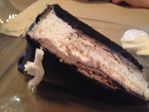 anthony-s-trattoria-angel-food-cake