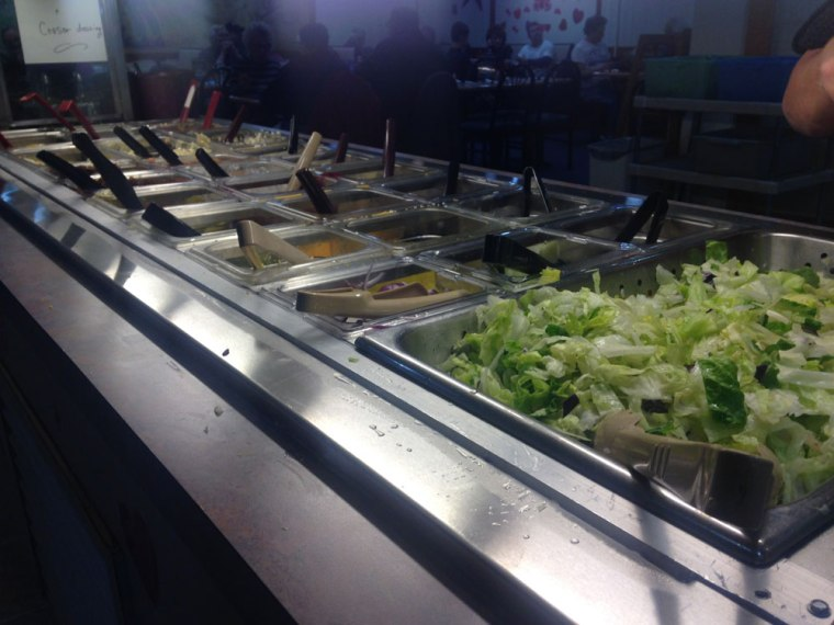 blue-star-family-restaurant-salad-bar