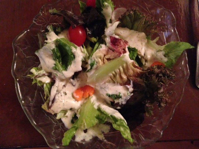 windsor-inn-salad-garlic-dill-dressing