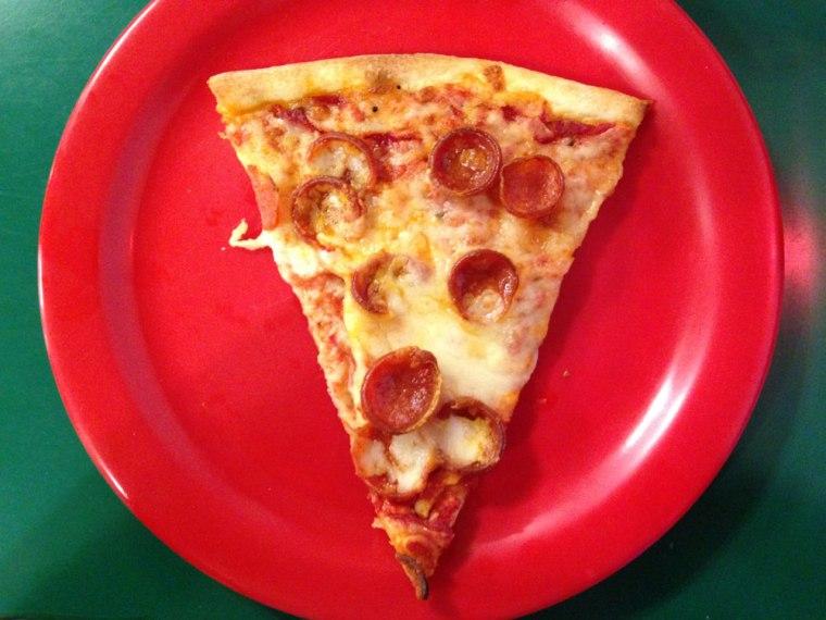pizza-como-pepperoni-slice