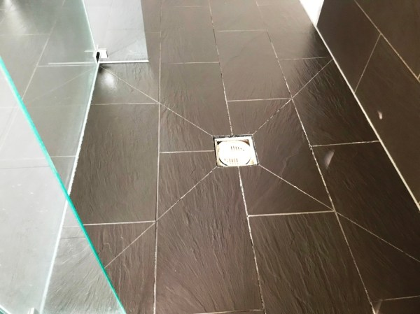 Limescale Stained Slate Effect Porcelain Shower Tiles After Cleaning Burghfield Bridge