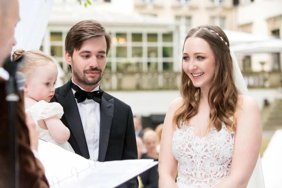 Viktoria_Christian_Hochzeit_Schlosshotel_Grunewald-(18-von-37)