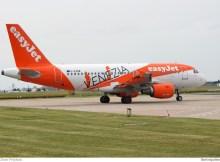 easyJet, Airbus A319-100 G-EZDW, Venezia-Sticker (SXF 12.6. 2016)
