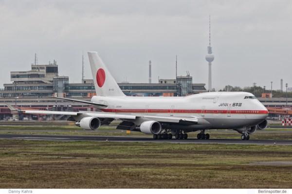Japan Gvmt. Boeing 747-400 20-1102