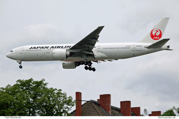 Japan Airlines Boeing 777-200ER JA706J (TXL 14.7.2016, R. Manteufel)