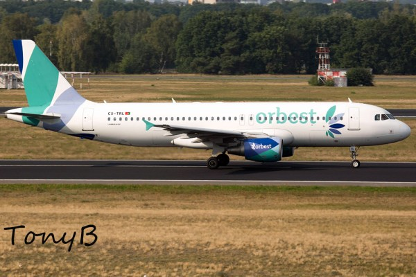 Orbest Airbus A320-200 CS-TRL (TXL 16.9. 2016)