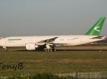 Turkmenistan Airlines Boeing 777-200LR EZ-A777 (Berlin TXL 30.8. 2016)