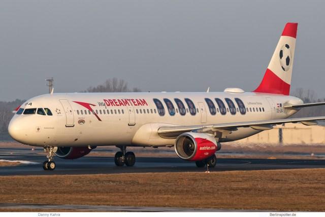 Austrian Airlines Airbus A321-200 OE-LBA (TXL 2.2. 2017)