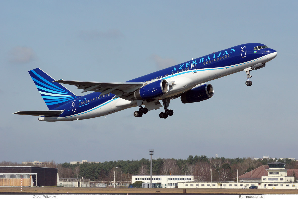 Azerbaijan Airlines Boeing 757-200 4K-AZ11
