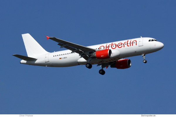 Air Berlin, Airbus A320-200 D-ABDX (TXL 26.3. 2017)