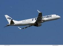 Embraer 190 der Finnair im Steigflug (© O. Pritzkow)
