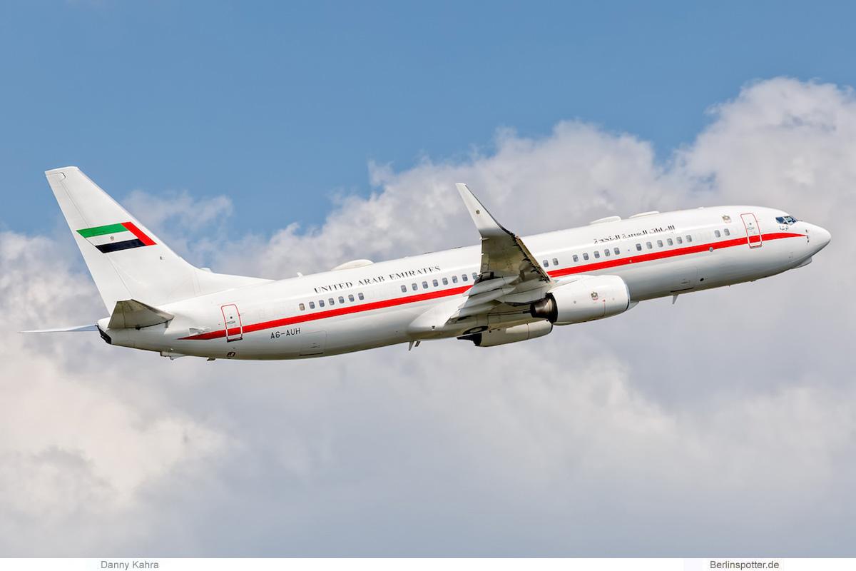 Abu Dhabi Amiri Flight Boeing 737-800 (BBJ2) A6-AUH