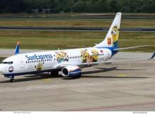 Sun Express, Boeing 737-800(WL) TC-SOH, Minions-Bemalung (TXL 15.7. 2017)