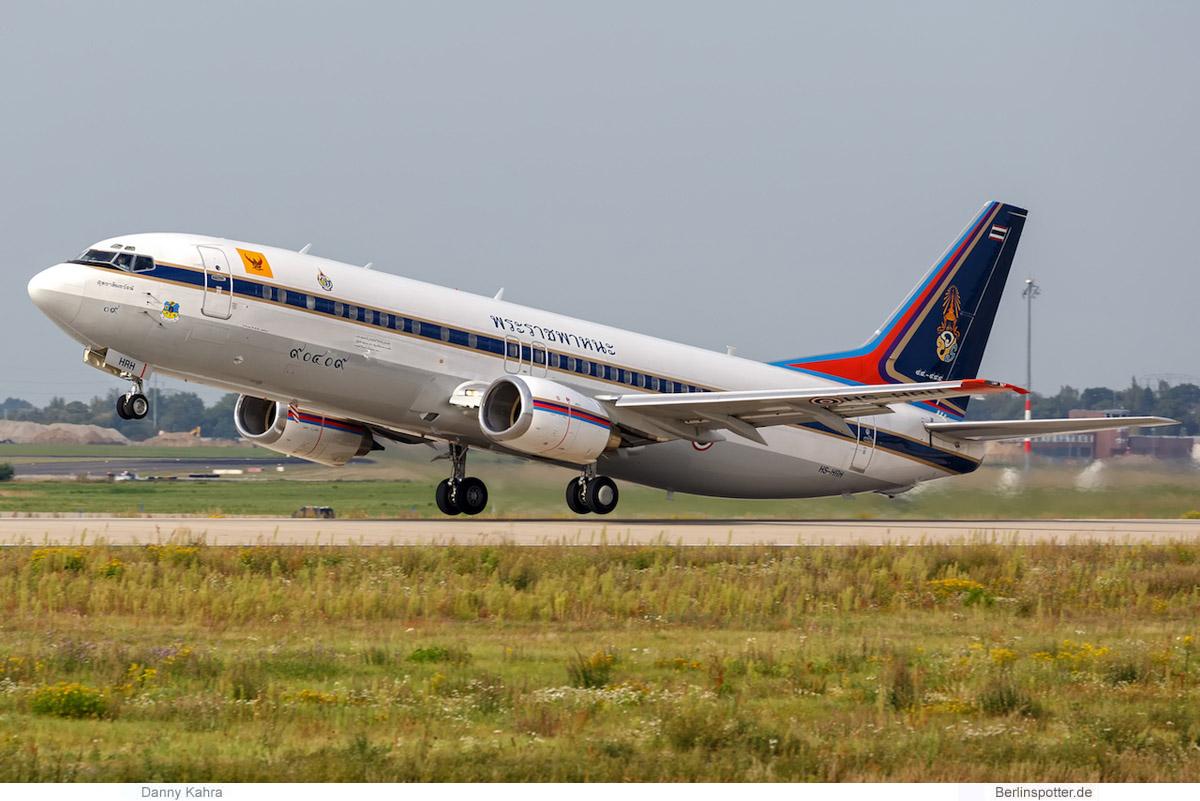 Thailand Boeing 737-400 HS-CMV