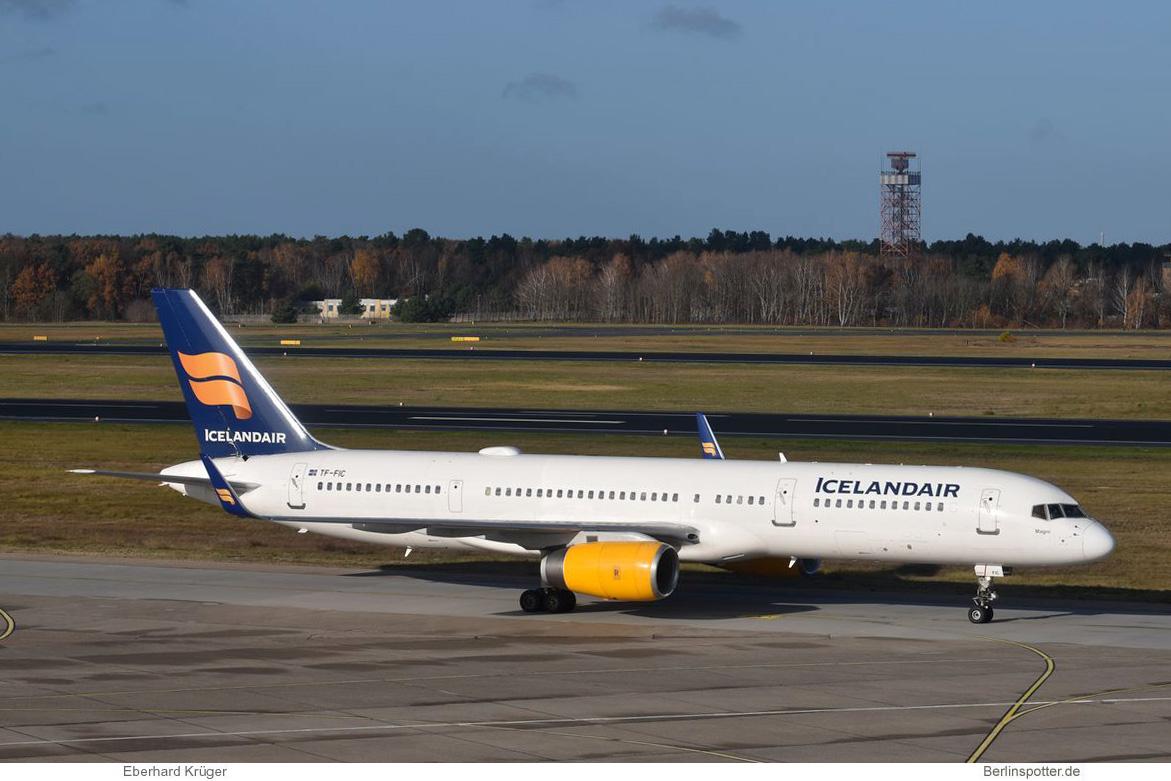 Icelandair Boeing 757-200(WL) TF-FIC