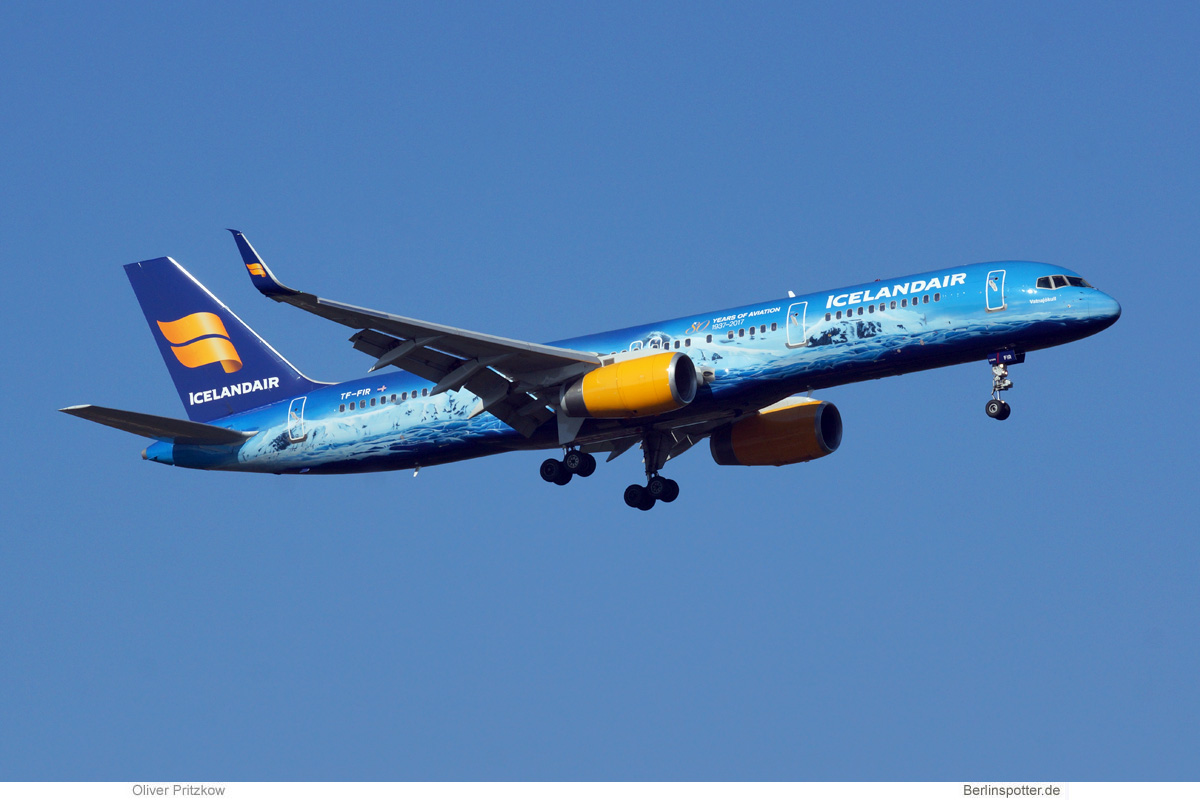 Icelandair Boeing 757-200(WL) TF-FIR