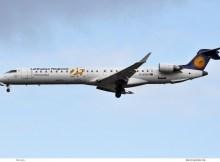 Lufthansa CityLine, Bombardier CRJ-900LR D-ACKD, 25-Jahre-Sticker (TXL 13.3. 2018)