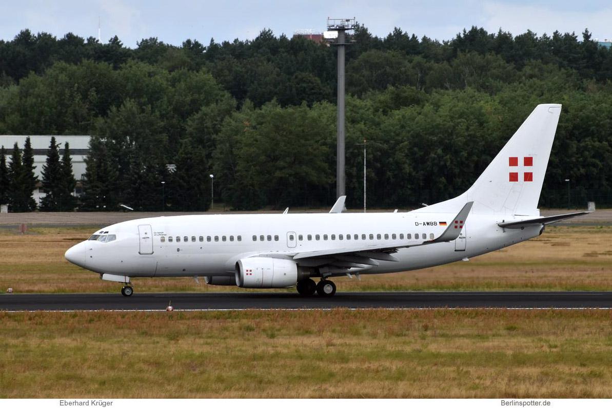 PrivatAir Boeing 737-700(BBJ) D-AWBB