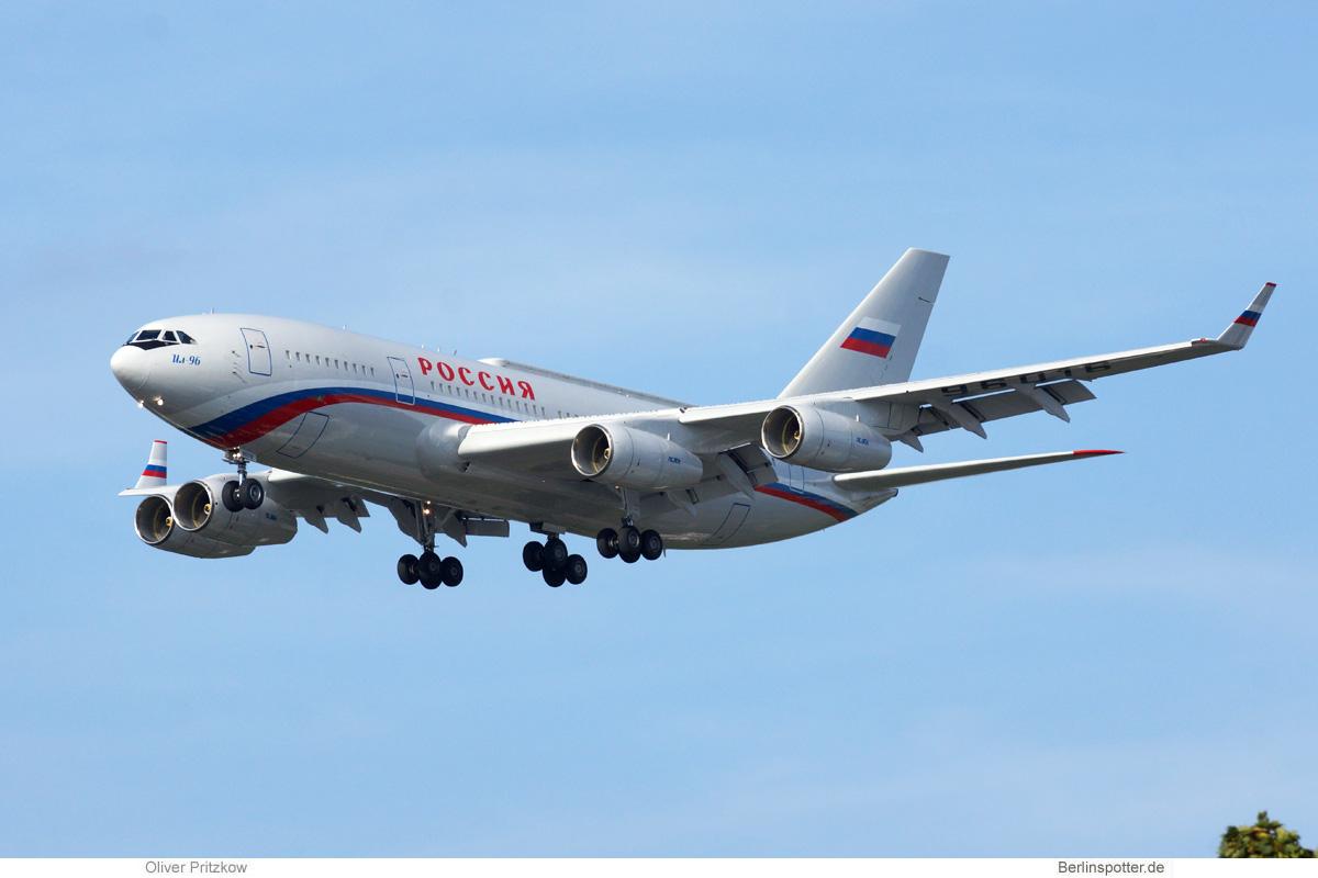 Rossiya Ilyushin Il-96-300PU RA-96016