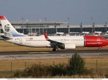 Norwegian Air International, Boeing 737-800(WL) EI-FVI, Gustaf Dalén im Tail (SXF 7.9.2018)