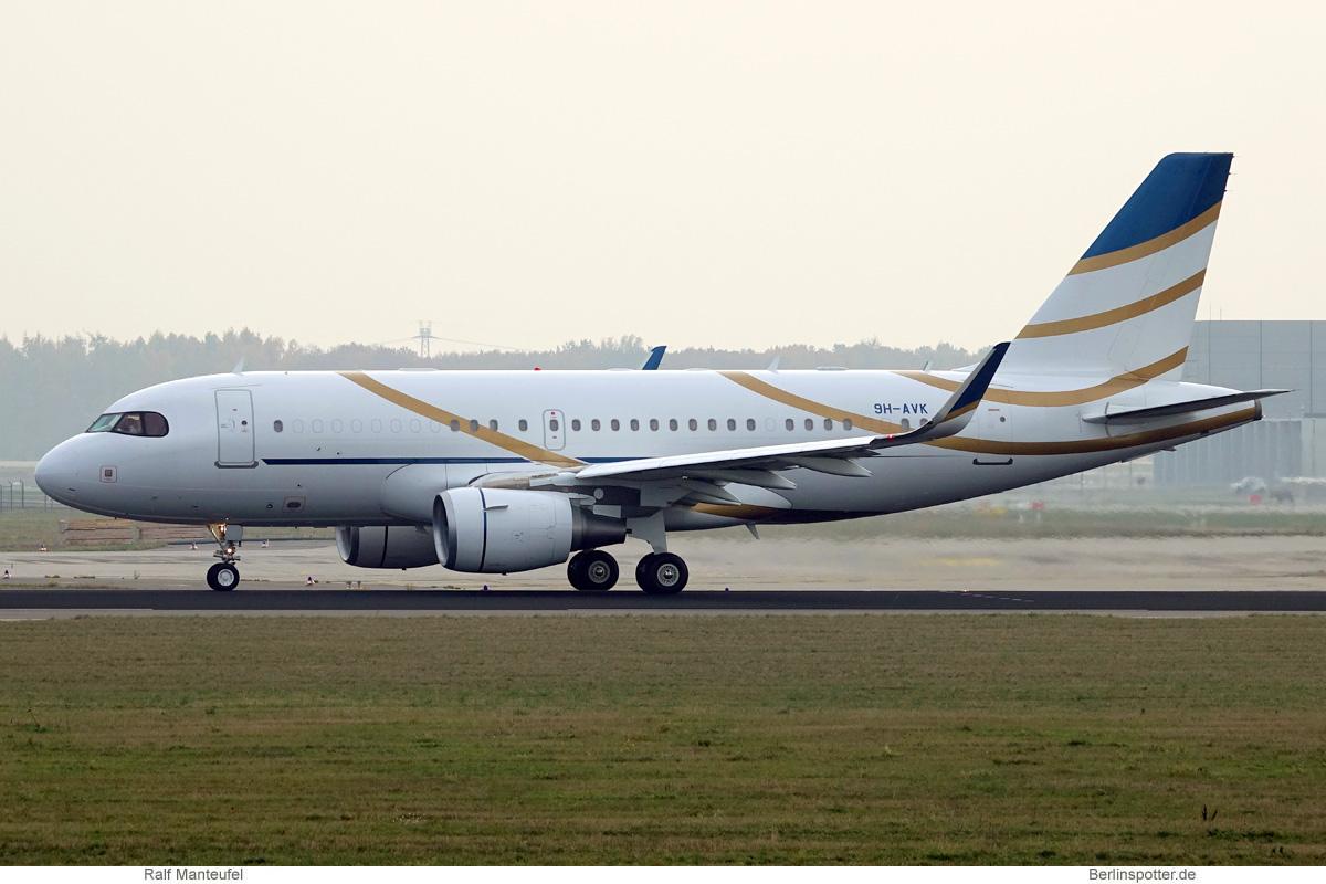 Comlux Malta Airbus A319 CorporateJet (SL) 9H-AVK