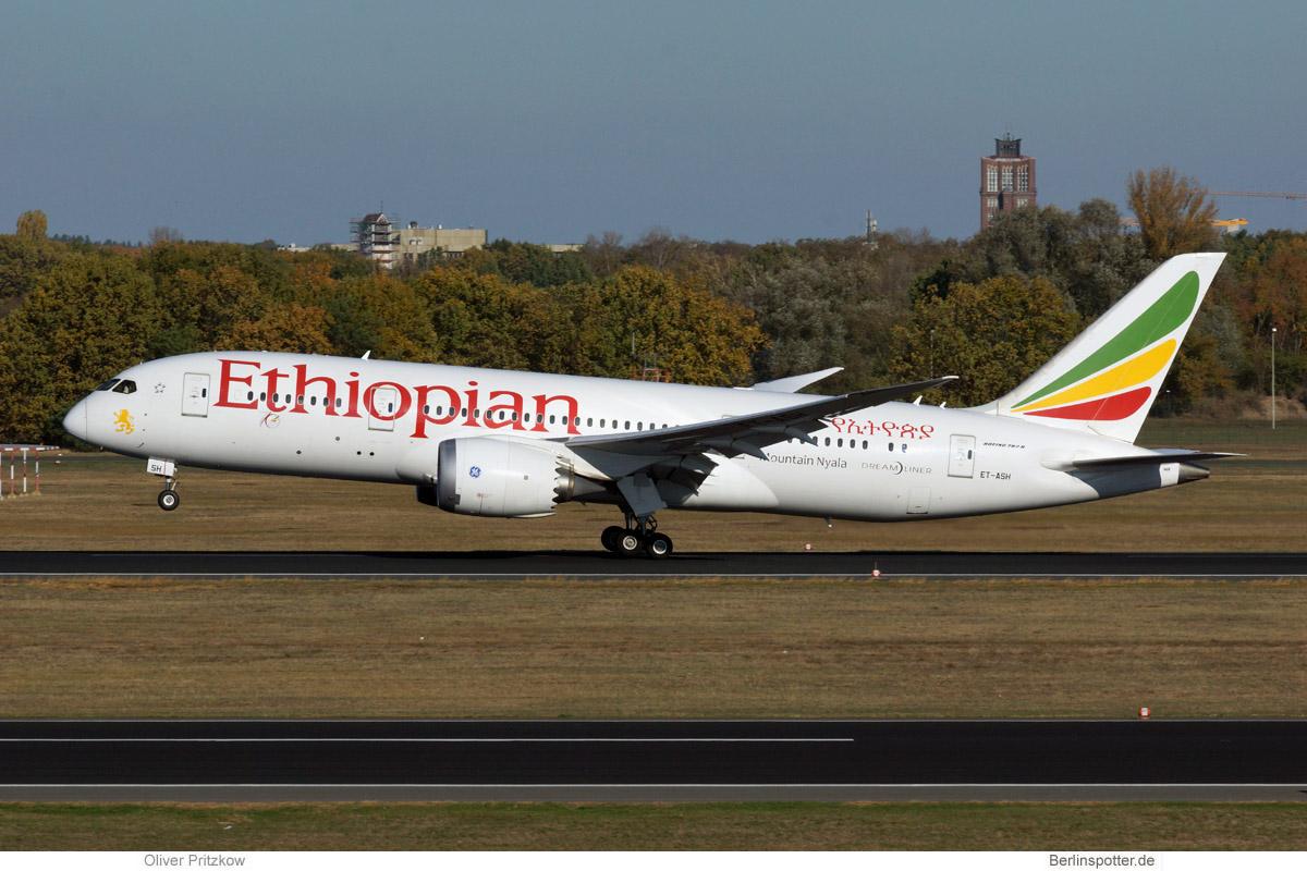 Ethiopian Airlines Boeing 787-8 ET-ASH