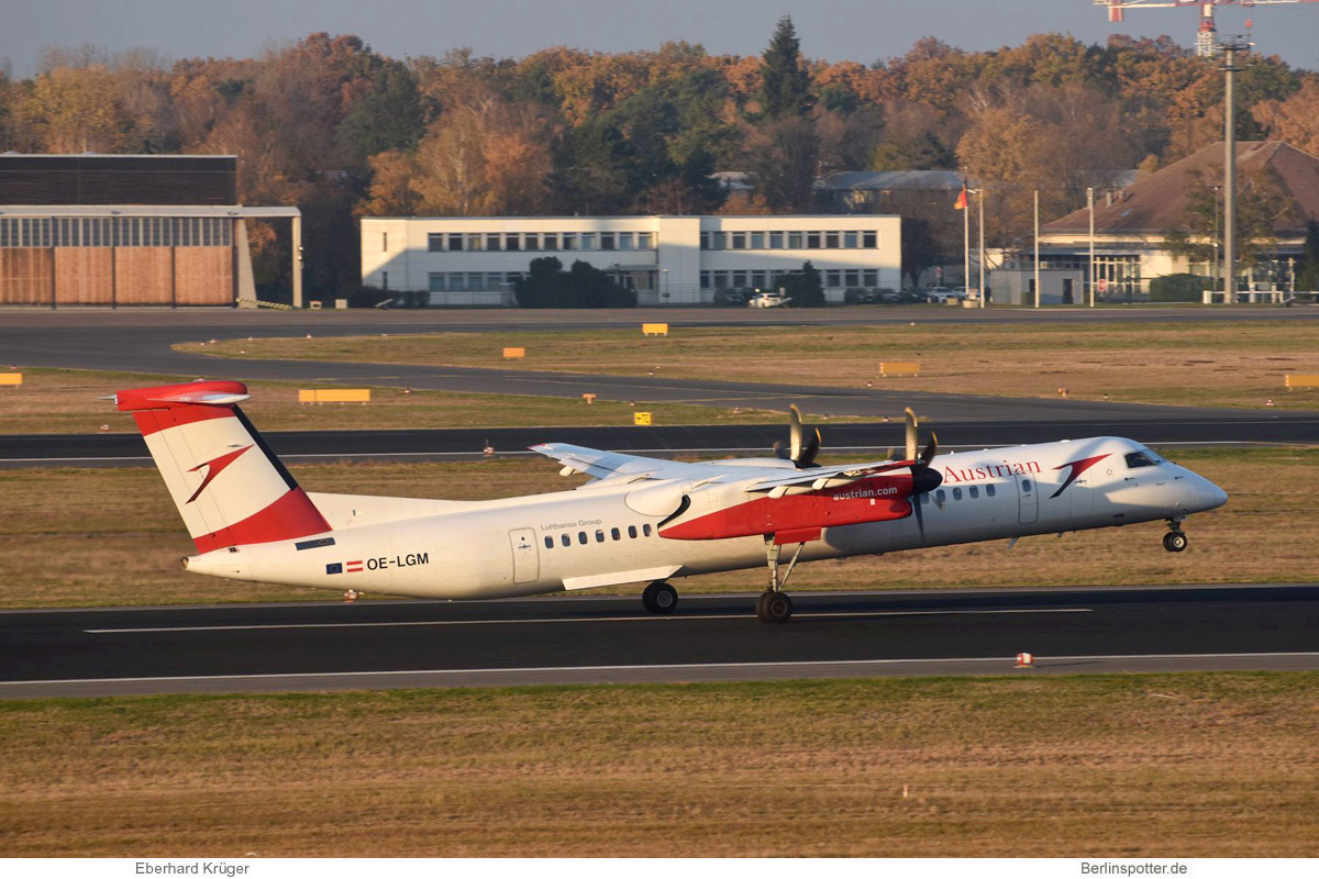 Austrian Airlines Bombardier Q400 OE-LGM