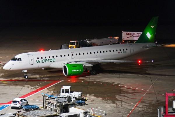 Wideroe, Embraer 190-E2 LN-WEC (TXL 16.12.2018)