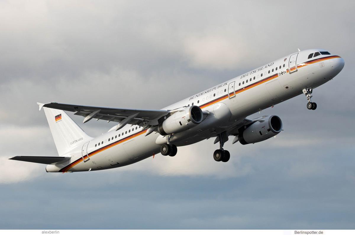 Luftwaffe Airbus A321-200 15+04