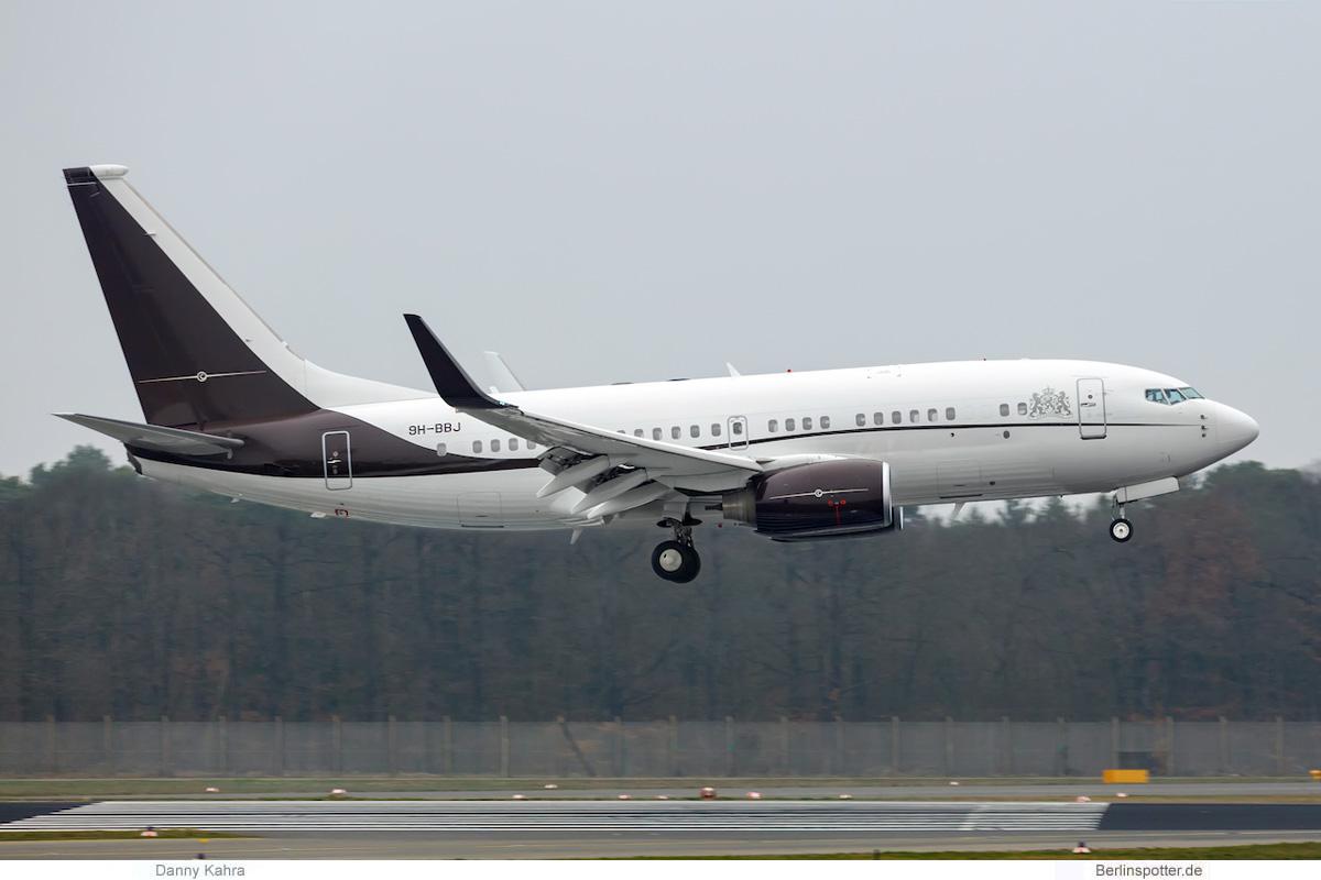 Niederlande Boeing 737-700(BBJ) 9H-BBJ