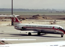 Turkish Airlines, McDonnell-Douglas DC-9-32 TC-JAL (SXF 16.4.1977)