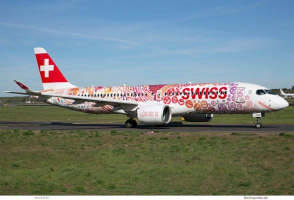 Swiss Airbus A220-300 HB-JCA, Fête des Vignerons 2019 – Fichtre-Bemalung (TXL 26.4.2019)