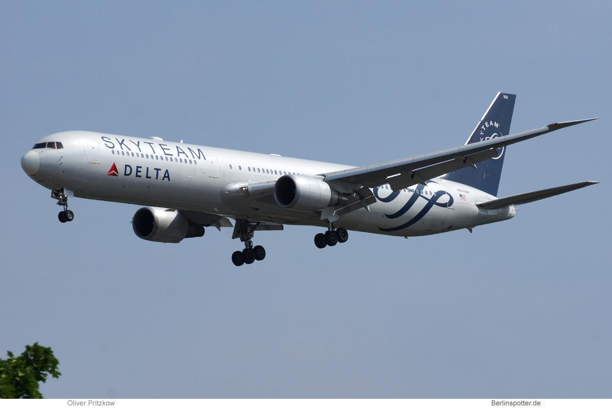 Delta Air Lines Boeing 767-400ER N844MH