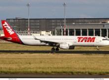 LATAM Airlines Brasil, Airbus A321-200(SL) PT-XPA (SXF 13.9.2019)
