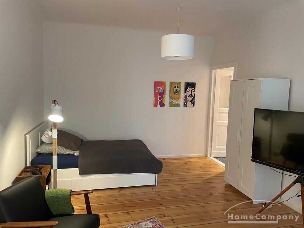 Schöne, sanierte 1-Raum-Altbau-Wohnung mit Balkon in Prenzlauer Berg, Berlin » Objektdetails