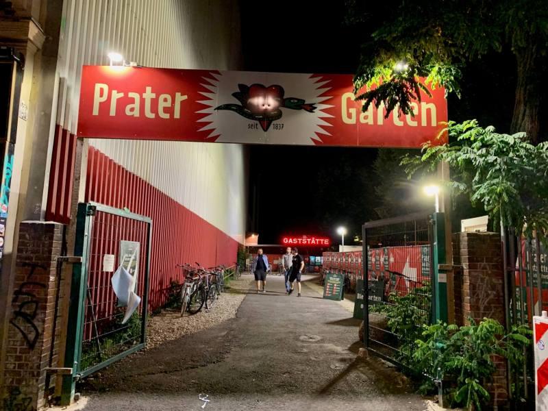 Prater Biergarten Berlin