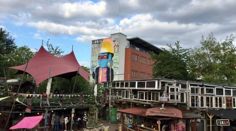 Holzmarkt 25