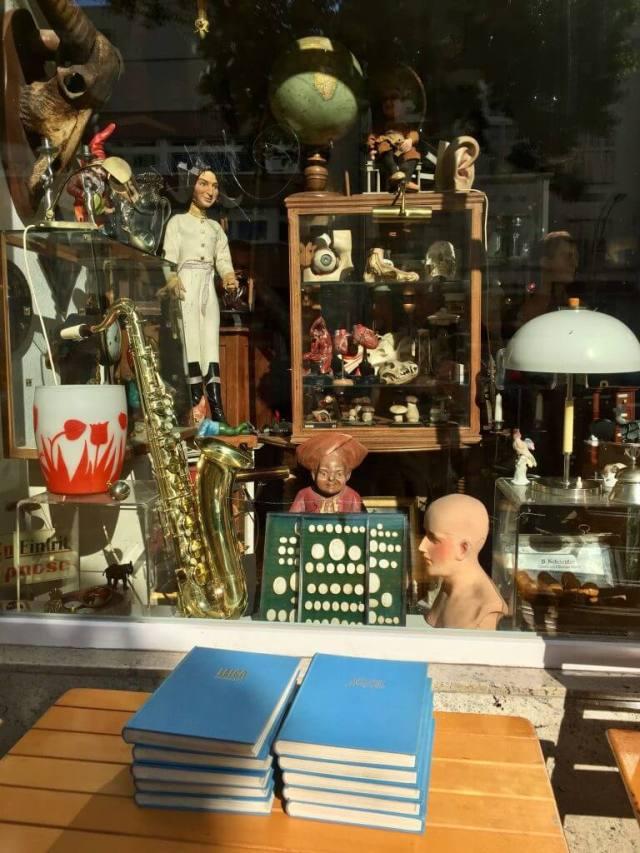 Vintage Antikviteter og genbrug i Suarezstrasse