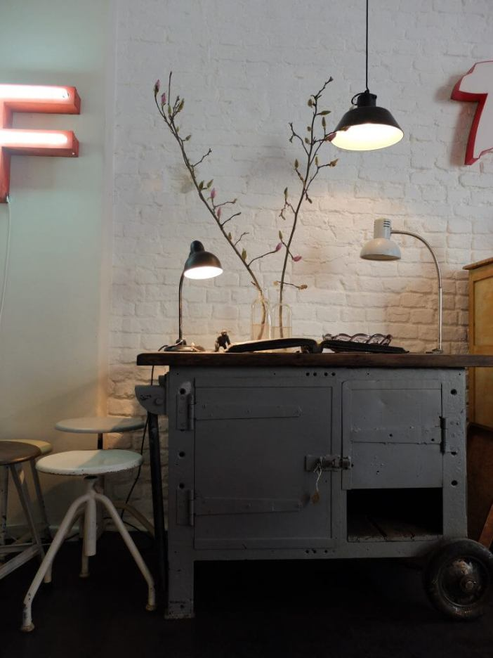 J&V - Finest Industrial Vintage Furniture