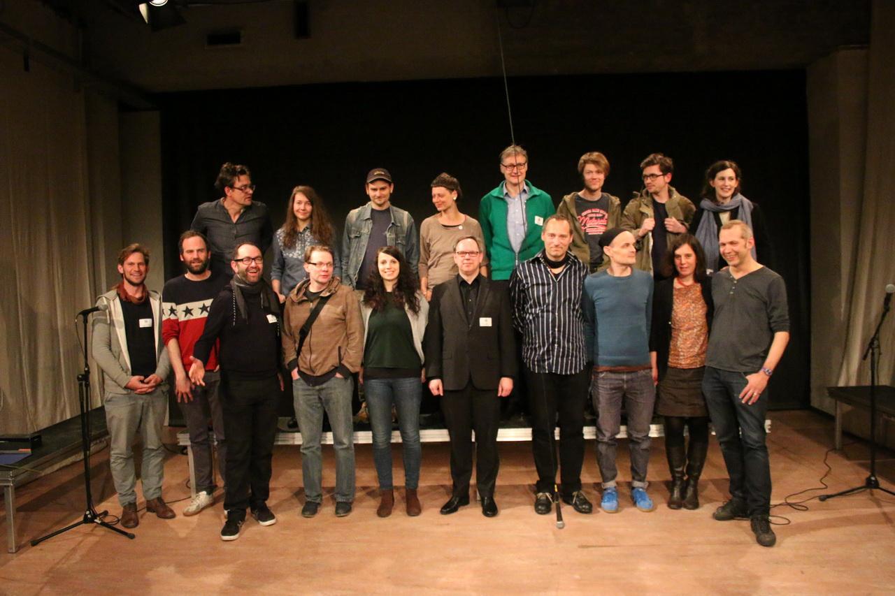 Das Team sowie einige Preisträger und Teilnehmer des 7. BHF 2016 Bild: Tito Loria.