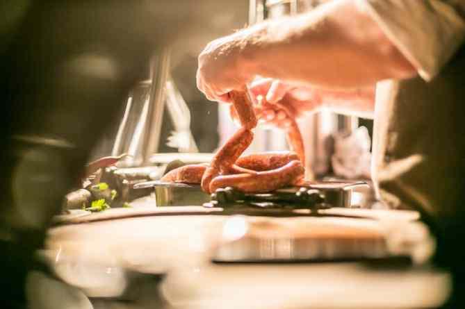 Kitchen_Guerilla_Wurstgallerie_BER_DanielBanner_MG_1124