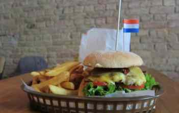 Old Amsterdam Burger