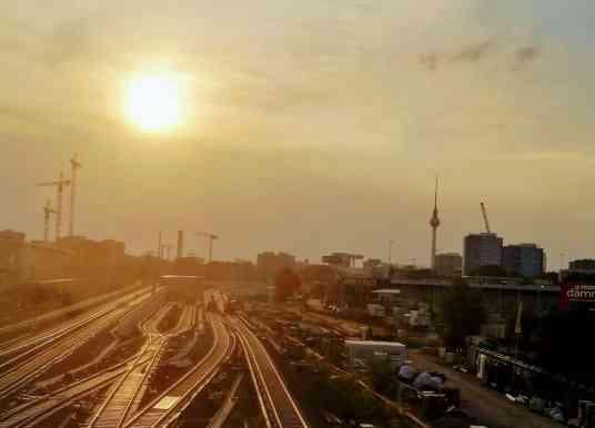 8 Ways We Lived Through the Berlin Heatwave of 2018
