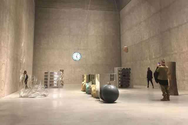 ENTITAS-Alicja-Kwade-Koenig-Galerie-2018