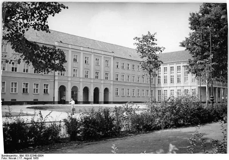 Grundschule Prenzlauer Berg su Schonhauserallee 1955