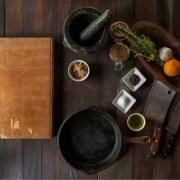 Ingredienti, Free-Photos, https://pixabay.com/it/photos/ingredienti-cucina-preparazione-498199/, CC0