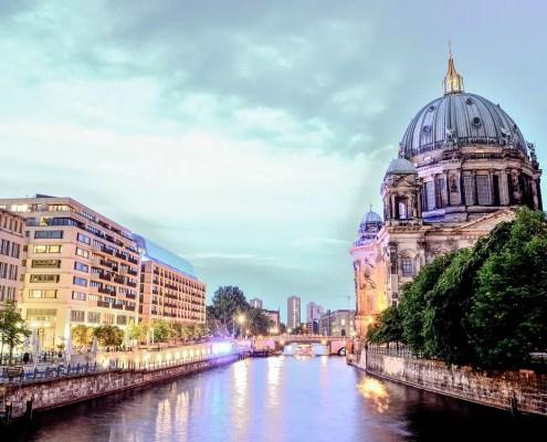 Duomo di Berlino, Kai_Vogel, https://pixabay.com/it/photos/cattedrale-di-berlino-berlino-città-1882397/ CC0