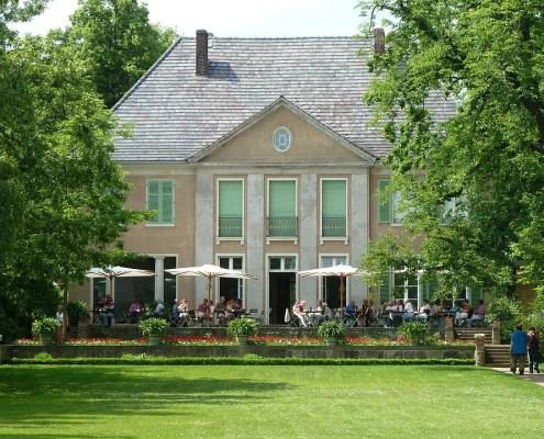 Villa Liebermann, https://pixabay.com/it/photos/villa-berlino-max-liebermann-548667/?fbclid=IwAR1x7YGHM2oKIuxdziEP8j1C4QHIdF-JOMpwADr4WSvB1dT3junGWFHRyek, 498813, CC0
